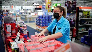 معهد: ألمانيا تسجل 1292 إصابة جديدة بفيروس كورونا
