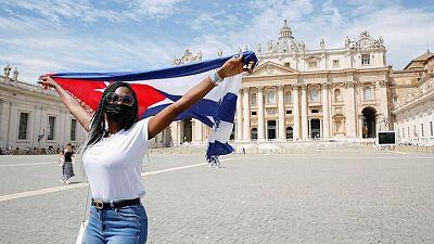 El Papa Francisco llama a la paz y al diálogo en Cuba