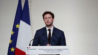 فرنسا لا تستبعد إعادة فرض حظر التجول مع ارتفاع إصابات كورونا