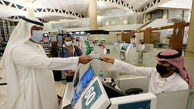 وكالة: السعودية تشترط تلقي جرعة لقاح كورونا الثانية للسفر إلى الخارج