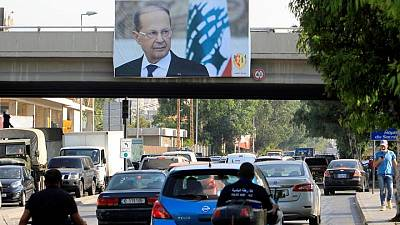 لبنان يجري مشاورات نيابية الأسبوع المقبل لتسمية رئيس جديد للحكومة