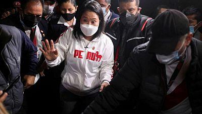 """Fujimori acepta derrota frente a Castillo, pero anuncia movilización en """"defensa de democracia"""" Perú"""