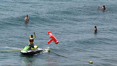 Los británicos siguen acudiendo a las playas españolas pese a la nueva ola de COVID