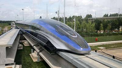 China unveils 600 kph maglev train - state media