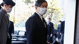 إمبراطور اليابان يلتقي برئيس اللجنة الأولمبية الدولية الخميس