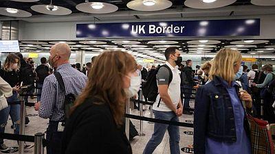 La justicia falla que Reino Unido actuó legalmente con las normas de viaje de COVID