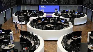 أسهم أوروبا تمحو بعض خسائرها بدعم شركات التعدين ويو.بي.إس