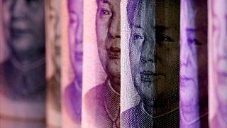 مسح: البنوك المركزية ستسرع تحول اليوان إلى عملة عالمية