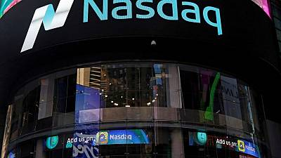 Nasdaq beats profit estimates on trading strength