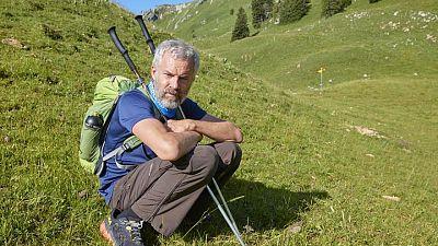 سويسري محب للمشي يغالب مرض الشلل الرعاش ويخطط لتحد جديد