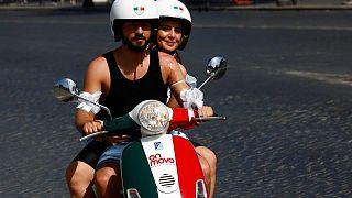 إيطاليا تسجل 4259 إصابة جديدة و21 وفاة بكورونا