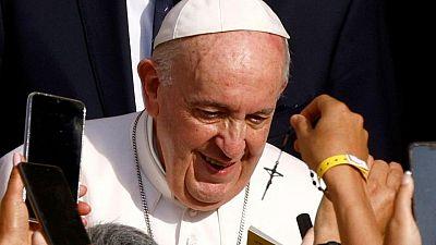 Plan de viaje del Papa para septiembre no muestra alivio tras operación