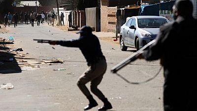 وزيرة: ارتفاع عدد قتلى أعمال الشغب في جنوب أفريقيا إلى 276