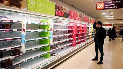'Pingdemic' grips Britain as fears of food shortages grow