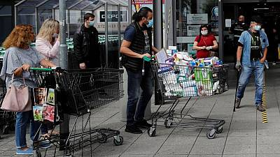 ECB survey sees higher growth, inflation in next 2 years