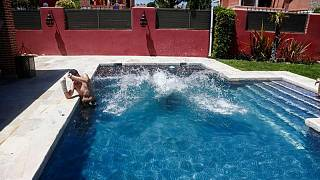As Spain swelters and COVID cases grow, pool renting app thrives