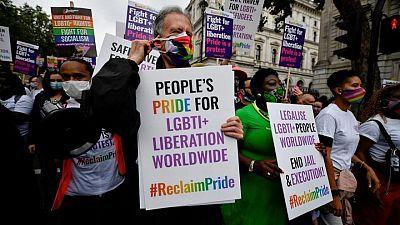 """Activistas LGBT+ exigen inclusión en la primera marcha """"Reclaim Pride"""" del Reino Unido"""