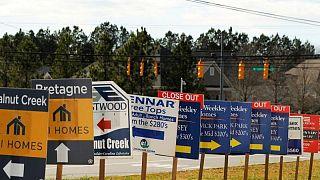 Ventas de casas nuevas en EEUU caen a un mínimo de 14 meses en junio