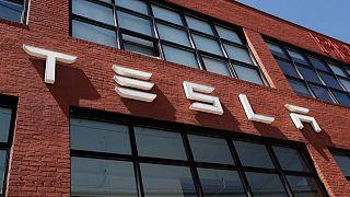 Tesla beats quarterly revenue estimates