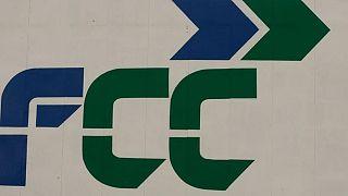 FCC duplica el beneficio gracias a mejora operativa, tipos de cambio y desinversiones