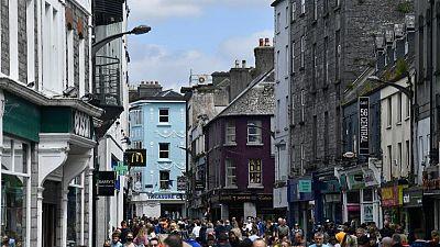 Irish retail sales rose 3.3% in June on bar, restaurant reopening