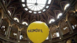 Abanca venderá su participación en Euskaltel y acerca un poco más la opa de MásMóvil