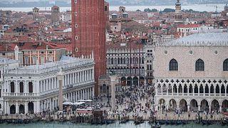 """""""David contra Goliat"""": prohibición de Venecia podría no poner fin a batalla de los cruceros"""