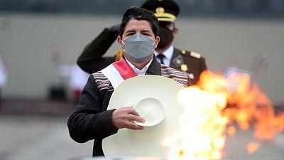 Primer ministro de Perú respalda a economista moderado Pedro Francke para ministerio