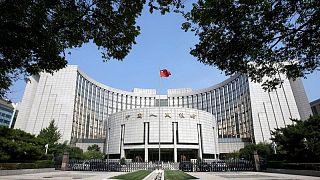 China se esforzará por evitar los riesgos financieros, dice banco central