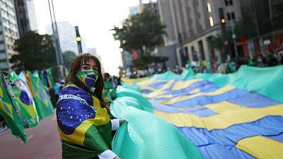 Partidarios de Bolsonaro presionan por un cambio en el sistema de votación de Brasil