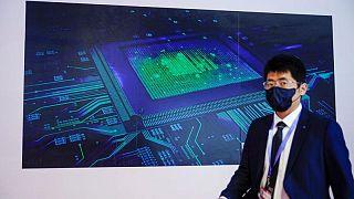 China investiga a los proveedores de semiconductores para automóviles por precios abusivos
