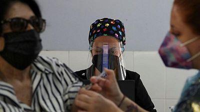 Vacuna china Sinovac contra COVID-19 es efectiva 58,5% para prevenir síntomas: estudio chileno