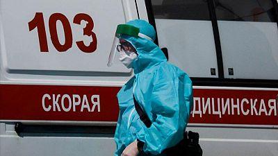 Rusia registra exceso de unas 463.000 muertes en pandemia: cálculos de Reuters