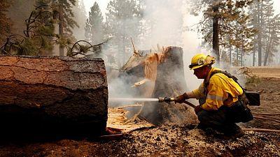 El incendio forestal Dixie se convierte en el segundo más grande en la historia de California