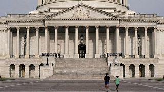El proyecto de ley de infraestructuras de EEUU sigue adelante con los votos del Senado