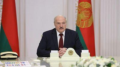 """Un Lukashenko desafiante dice que desertora olímpica bielorrusa fue """"manipulada"""""""
