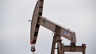 Barril repunta un 3% por mejor pronóstico de demanda por combustibles en EEUU