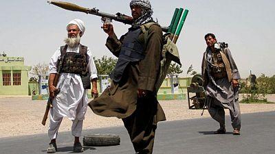 Los talibanes capturan su octava capital provincial en seis días