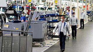 La producción de la industria de la zona euro cae ante el frenazo en Alemania
