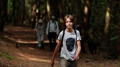 El niño británico de 11 años que camina para salvar la tierra