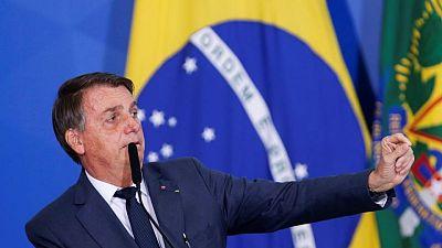 "Bolsonaro critica a jueces brasileños, advierte de ""ruptura institucional"""