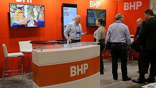 BHP negocia con la australiana Woodside la venta de su negocio global de petróleo y gas