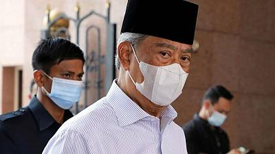 Malaysia appoints former PM to lead coronavirus recovery council