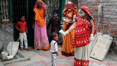 Estados de India se preparan para próxima ola de COVID con foco en los niños