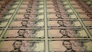 Dólar toca pico de 9 meses por expectativa de reducción estímulos y temor a variante Delta