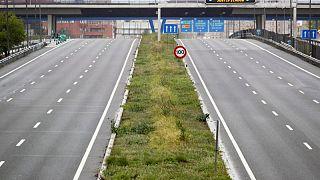 España multa con 71 millones de dólares a empresas por alterar resultado de licitaciones de obras de carreteras