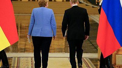 Merkel se enfrenta a Putin por Navalny en su último viaje a Rusia