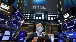 Wall Street abre al alza antes de discurso Powell de la Fed