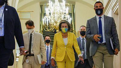 Cámara de Representantes de EEUU avanza en programas sociales y de infraestructuras de Biden