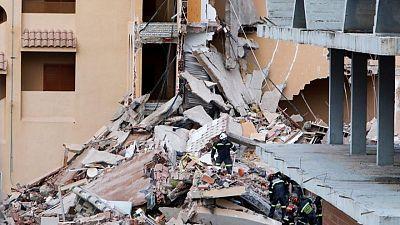 Hallan un cadáver en el edificio derrumbado en Peñíscola, hay una persona desaparecida